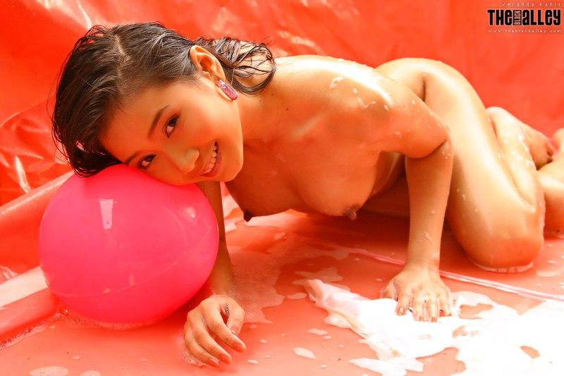 Koo-Hoi-Yan-aka-Veranda-Kanis-nude-031-by-ohfree.net_ Thai adult model Koo Hoi Yan aka Veranda Kanis nude photos leaked