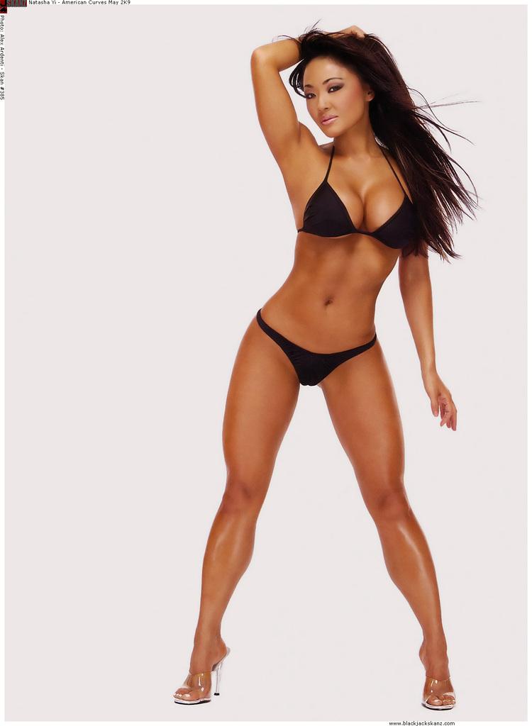 Natasha-Yi-nude-sexy-photos-leaked-010-by-ohfree.net_ American model and actress Natasha Yi nude sexy photos leaked