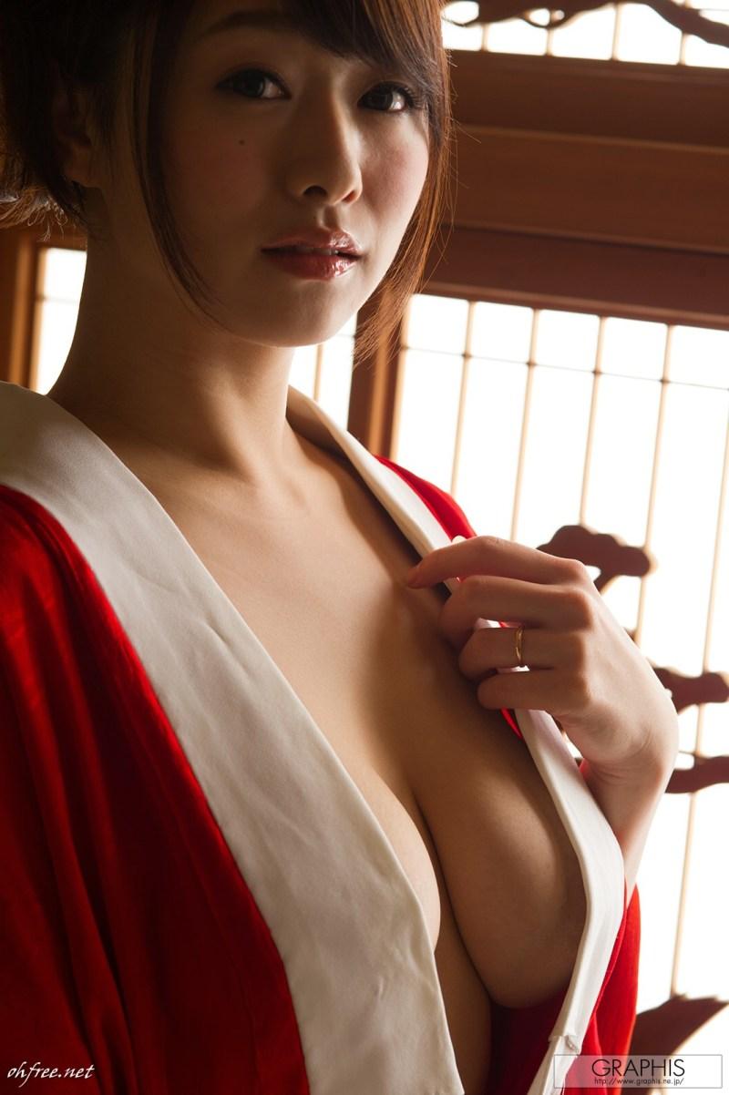 AV-idol-Marina-Shiraishi-007-by-ohfree.net_ Japanese film actress, singer, and AV idol Marina Shiraishi 白石 茉莉奈