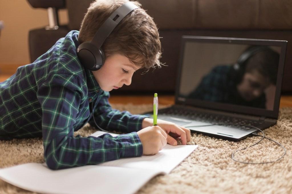 Os melhores audiolivros para pais e filhos title