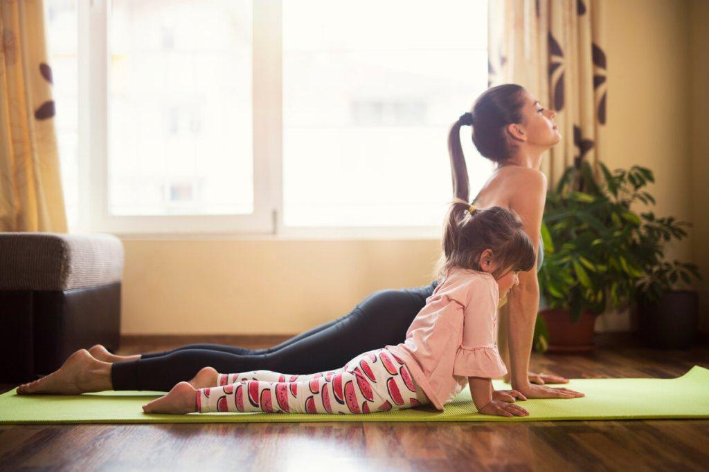Yoga para crianças: quais os benefícios? title
