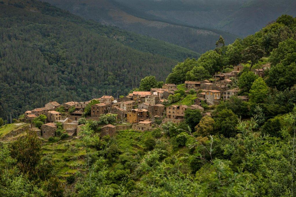 5 destinos rurais para fazeres férias em Portugal title