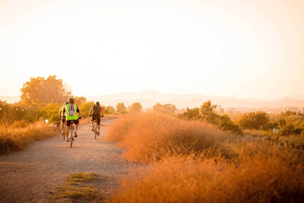 Ciclovias em Portugal: conhece o país a pedalar title