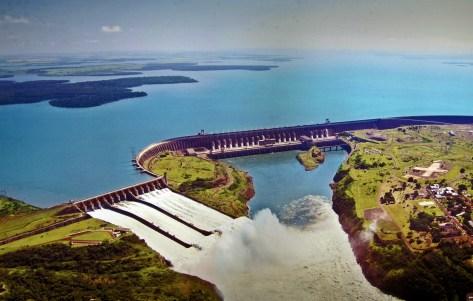 Usina Hidrelétrica de Itaipu, Foz do Iguaçu (PR)
