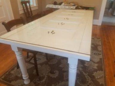 Husky Farm Dining Table Leg
