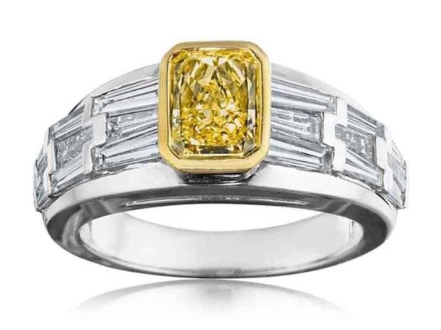 01 Hammerman Fancy Intense Yellow Diamond Ring-