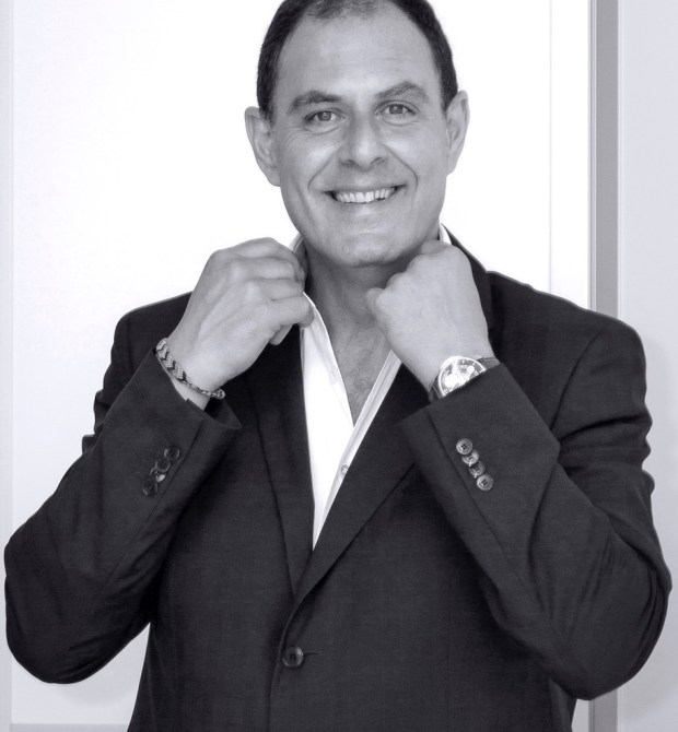 Keeping Time with Oster Watches Guest is Mauro Egermini CEO of Schwarz Etienne