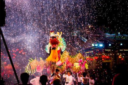 Тайский Новый год: сухим из воды не выйти