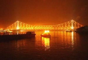 ihiy_illuminated_howrah_bridge