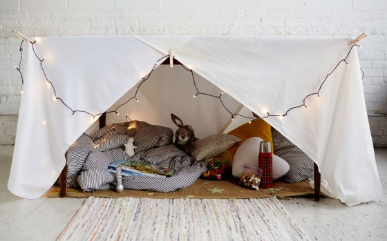 159_The_Indoor_Camping_Party_Guide_Body_1_2X