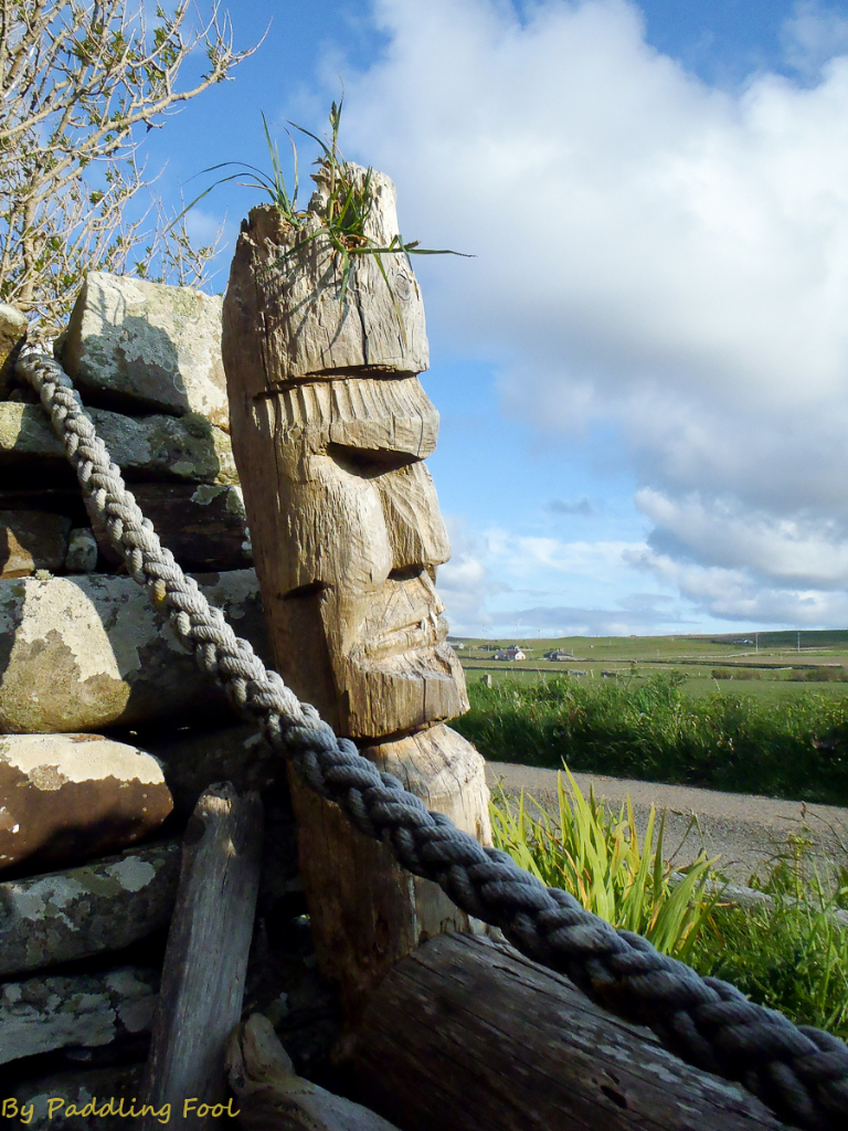 A mini statue escaped from  Rapa Nui.. in Orkney!