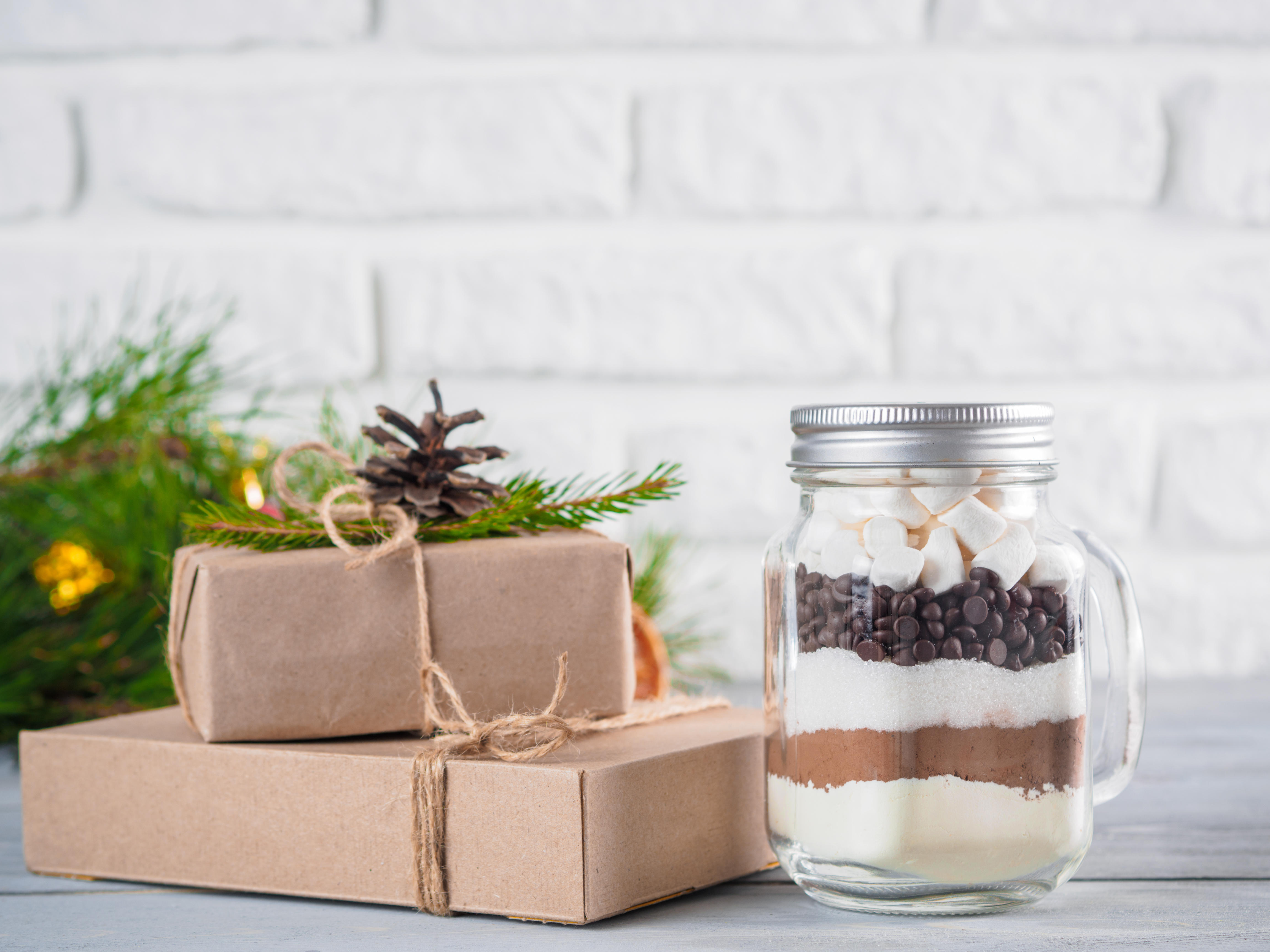 8 Tips for Sustainable Holiday Gift Giving