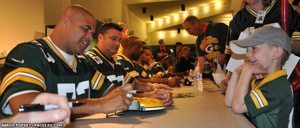 The Packers Tailgate Tour ended a great string of visits on the second day with a great turnout for the Tailgate Party at Beloit's Eclipse Center.