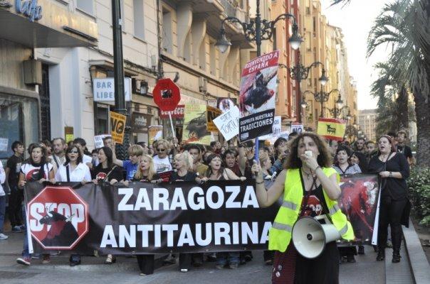 Manifestación antitaurina