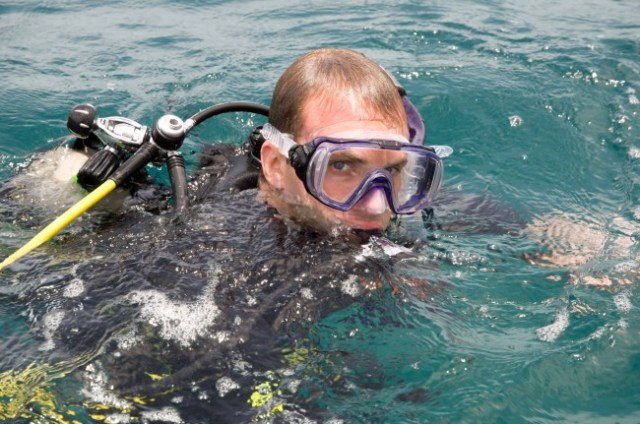 Seasickness while diving sudden nausea get in the water