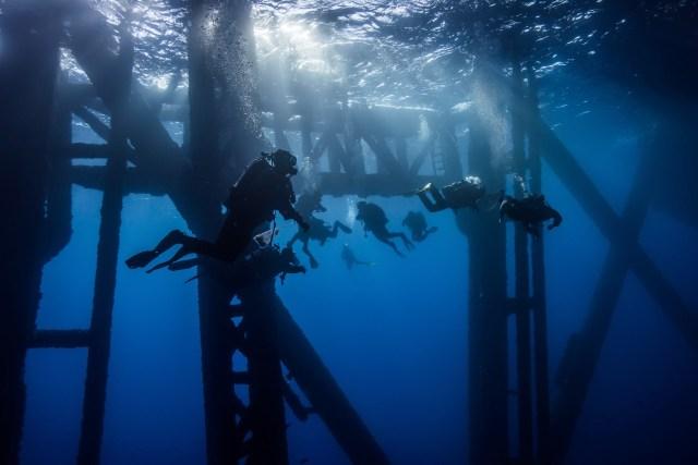 oil rig diving california