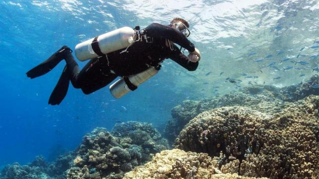 PADI Sidemount Diver technical and rebreather diving courses