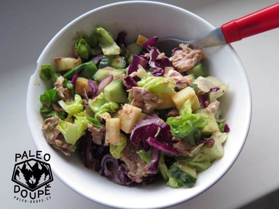 Salát s hořčičným dresinkem