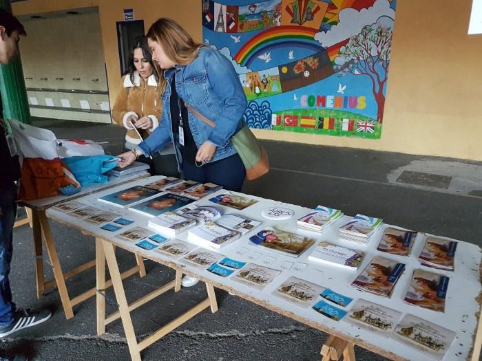 Mesa promocional del Paso Azul y la Semana Santa de Lorca