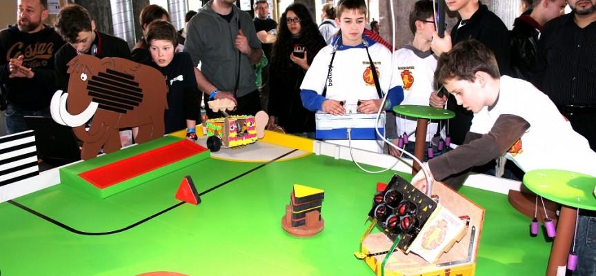 Les Trophées, un projet pédagogique complet pour les 8-18 ans.