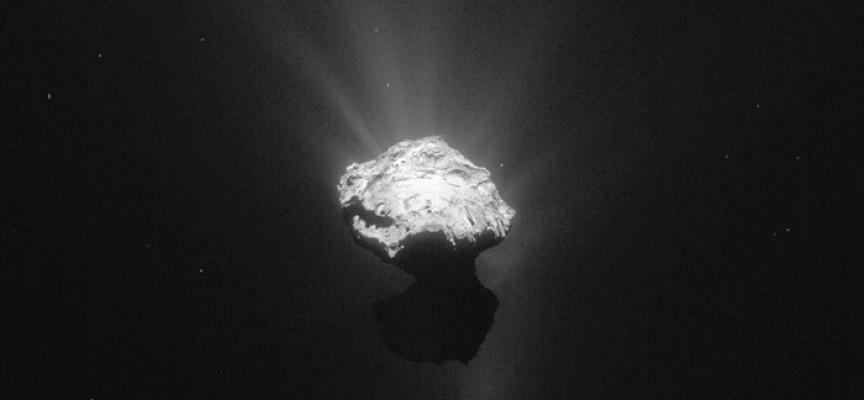 La comète Tchouri, approchée par Rosetta (ph.ESA).