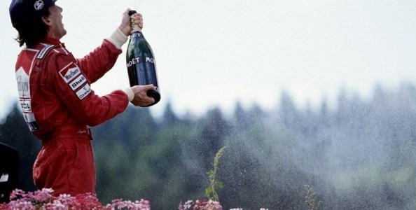 【動画】シャンペンと涙