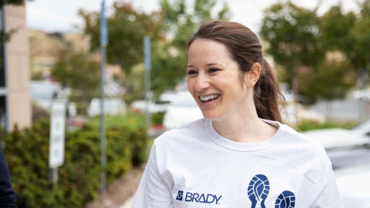 Brady Walk 2019 PDC donates
