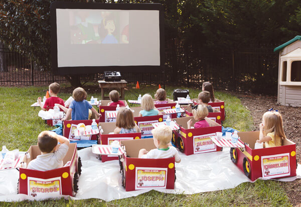 Keep The Kids Cool With A Drive In Movie At Home