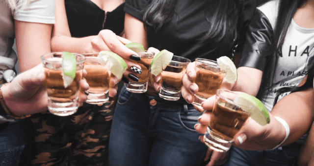 Bachelorette Party Planning Tips & Advice