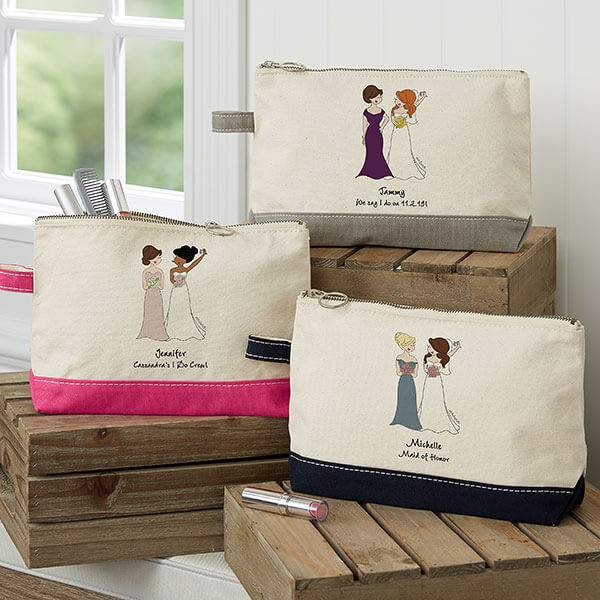 Bridal Party Personalized Makeup Bags by philoSophie's