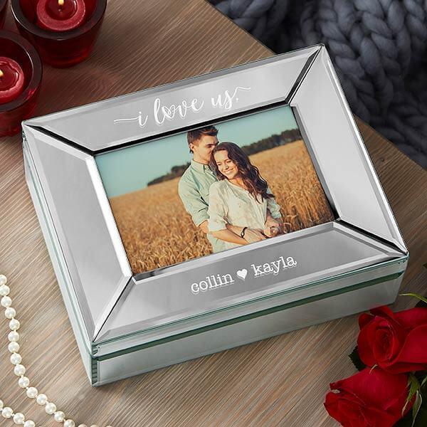 Engagement Gifts: Photo Keepsake Box