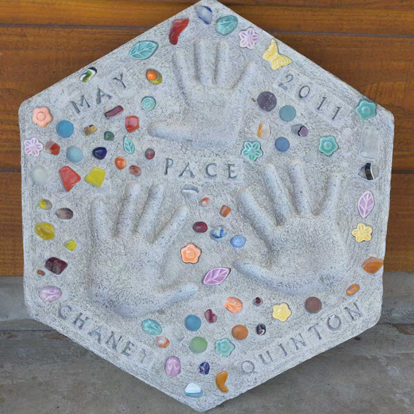 DIY Mother's Day Garden Stone