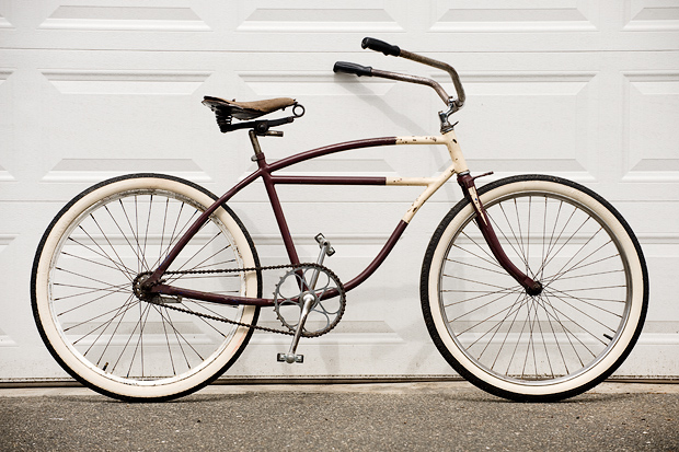 the new '38 (ish?) Schwinn boy bike…