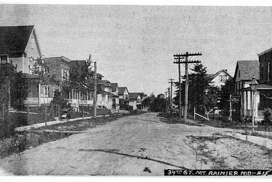 Historic photo of intersection of 34th and Taylor Streets in Mount Rainier in 1911
