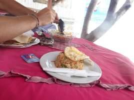 Nasi Goreng auf Gilli Air (Schnorcheltour Pause)