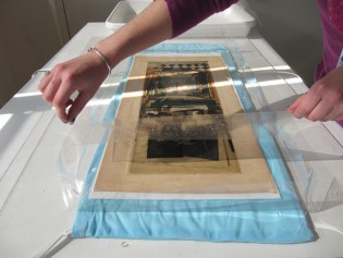 8. DT Covering the print during enzyme treatment.