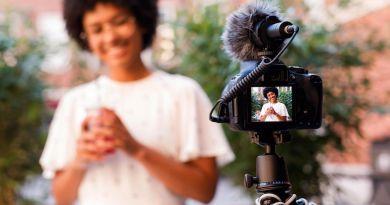 echipament-vlog-incepator-vlogger-microfon-trepied-photosetup