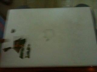 White Apple Macbook for Sale in New Delhi Rs. 20,000