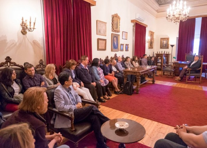 Delegates meet the Mayor of Corfu - Photographer: Ian Southerin
