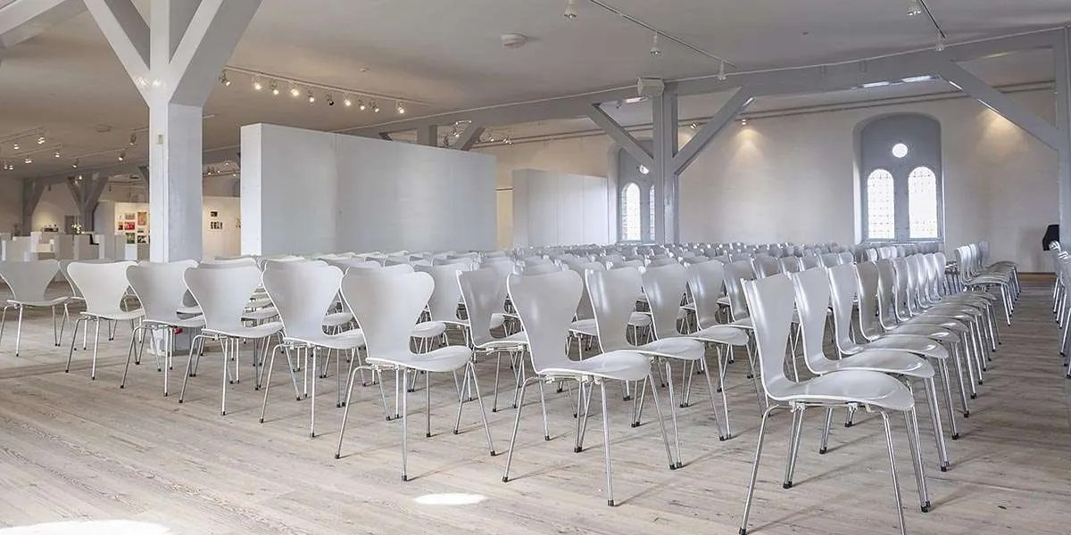 Meeting Room Layout Tips & Ideas