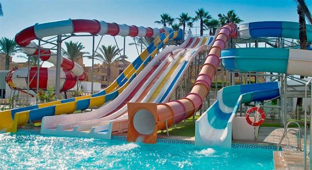Los mejores hoteles con toboganes en la costa de almer a for Hoteles con piscina en almeria