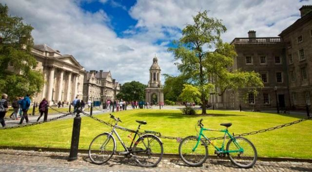 Places to visit in Ireland: Dublin Trinity College