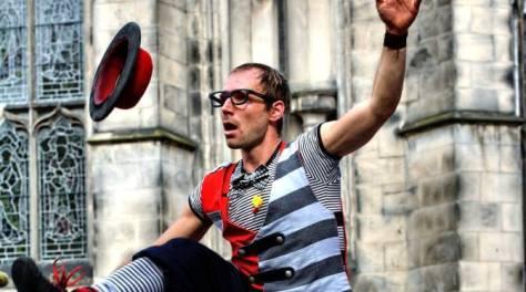 Fringe festival entertainer
