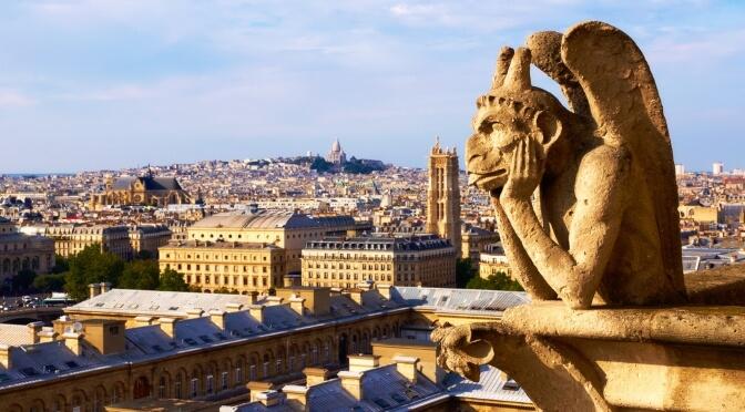 Gargoyle looking over Paris