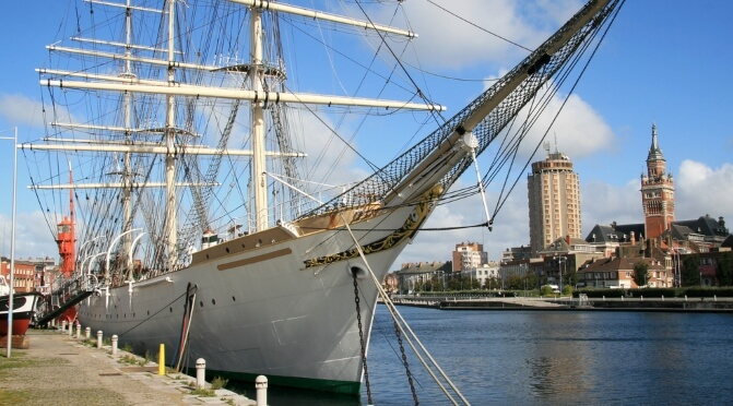 Tall ship outside the maritime museum in Dunkirk