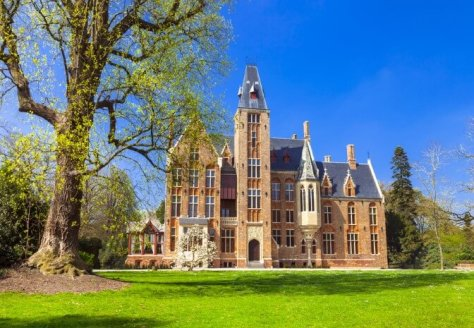 Loppem Castle just outside of Bruges is great for family fun