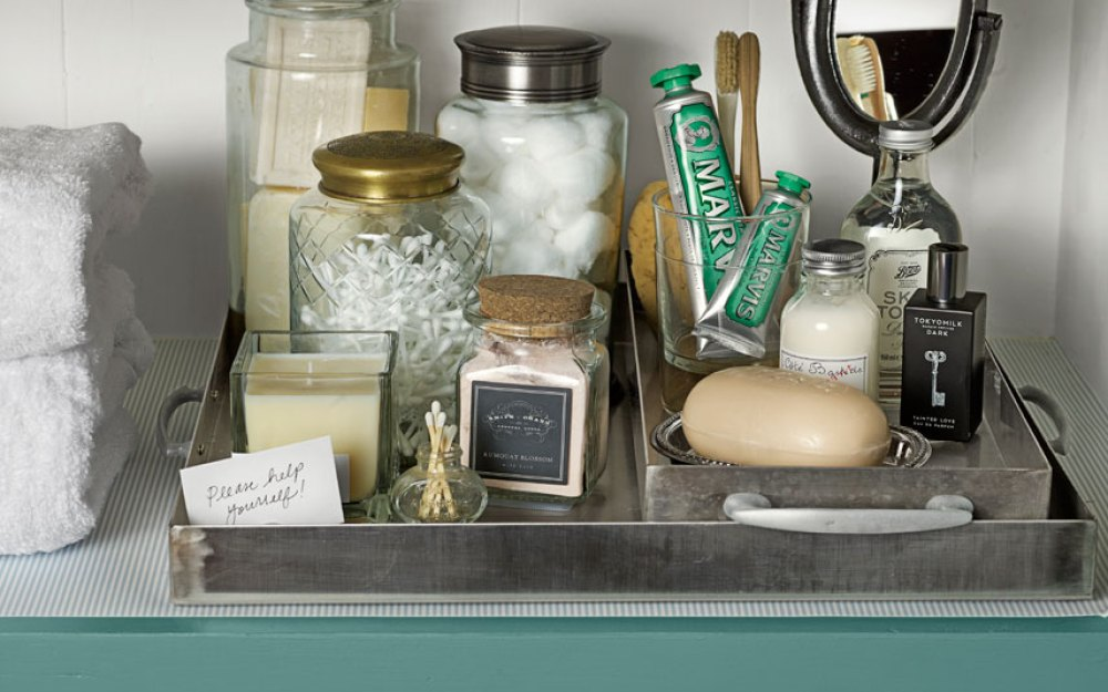 ultimate-linen-closet-handled-trays-0413-xln