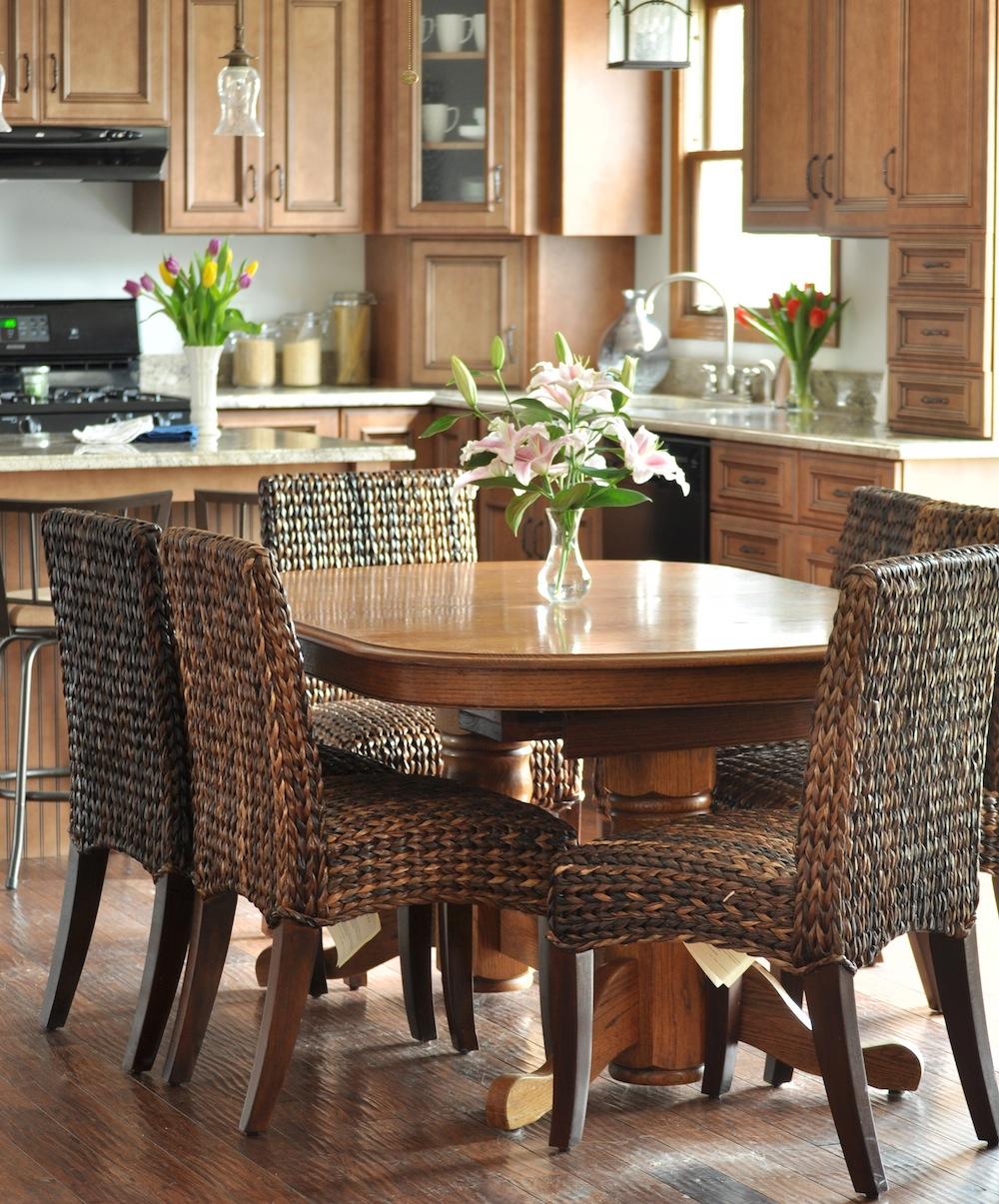 Pottery Barn Kitchen Table: Seagrass Dining Chairs