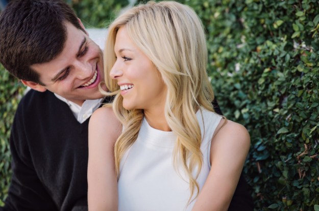 Lindsay & Stephen's Beachside Engagement