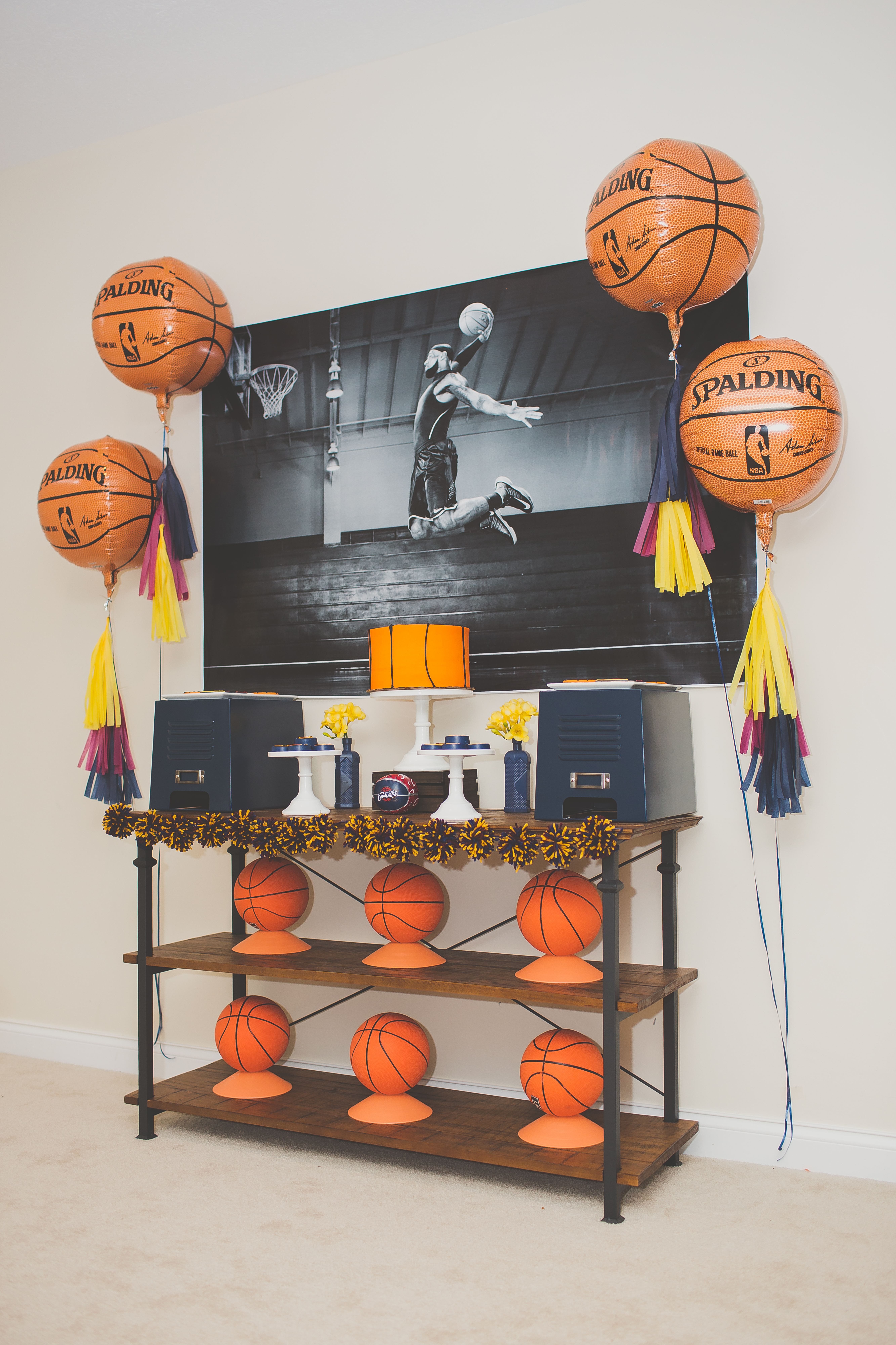 Cleveland Cavaliers and Cake-31
